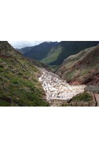 Vue de l'ensemble des salines de Maras